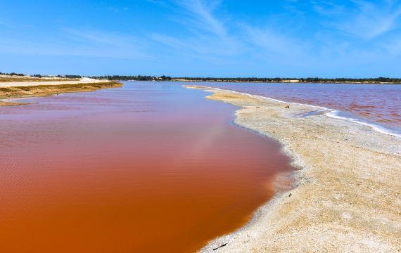 El lago Rosa, Senegal