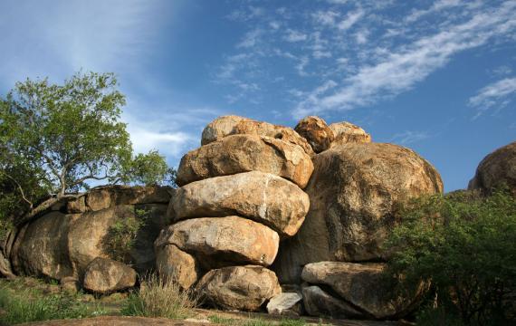 Las grutas Gcwihaba y las colinas de Tsodilo