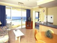 Surfers Beachside Apartments Gold Coast