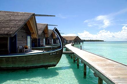 Hotel flotante en las maldivas 10 hoteles ins litos en for Hoteles en el agua maldivas